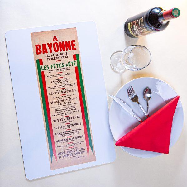 Set de table fêtes de Bayonne 1932