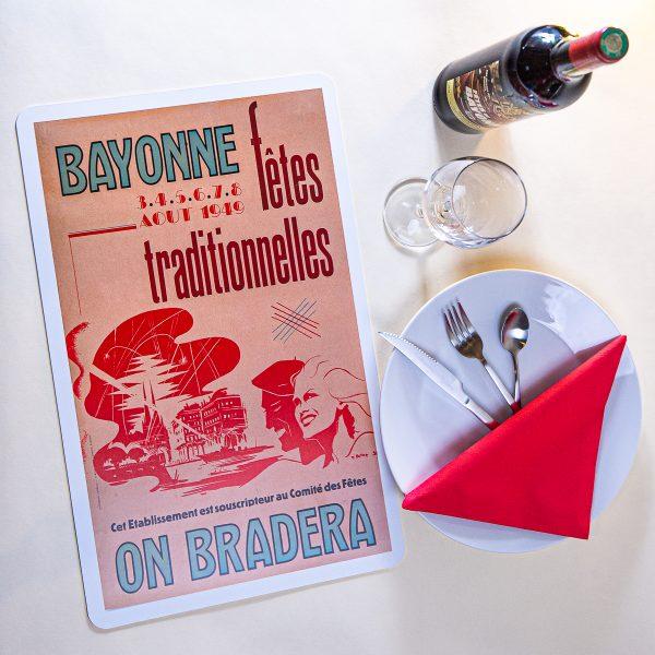 1949 Set de table fêtes de Bayonne