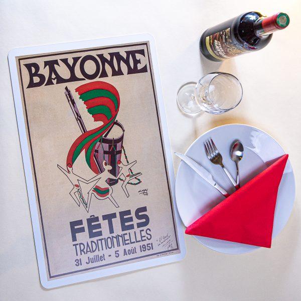 1951 Set de table fêtes de Bayonne
