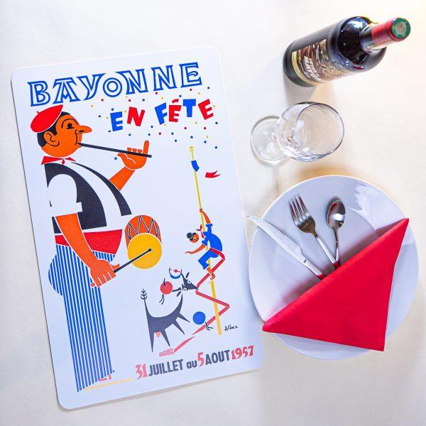 1957 Set de table fêtes de Bayonne