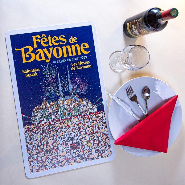 2009 Set de table fêtes ot bayonne