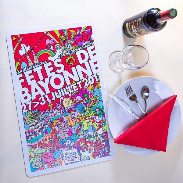 2011 Set de table fêtes ot bayonne